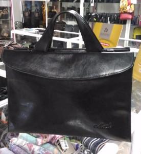 Где купить  b сумку из натуральной кожи  b  Mettle, 4 800 рублей
