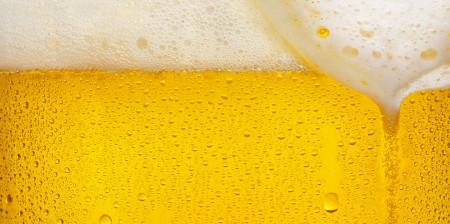 Posle-udaleniya-zuba-ne-stoit-pit-dazhe-bezalkogolnoe-pivo