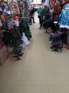 Купить искусственную елку  8 мест в Саранске  для такого дела centralnyi-rynok-2