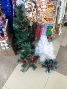 Купить искусственную елку  8 мест в Саранске  для такого дела centralnyi-rynok-3
