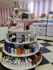 Накрась меня полностью  мы нашли 14 магазинов косметики  где вы сможете основательно закупиться для себя любимой pion-2