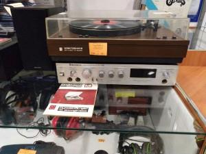 Ретроэстетика  где в Саранске купить   проигрыватель и виниловые пластинки    №1-7
