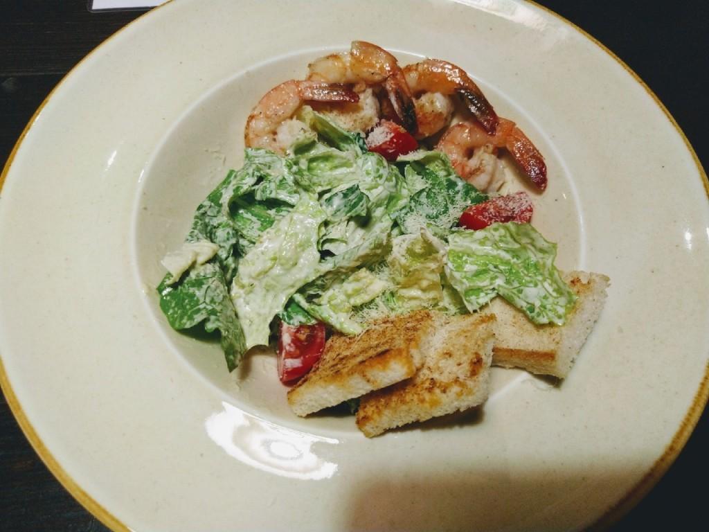 Ave  Caesar  top 8 мест  где в Саранске можно попробовать салат  Цезарь  с креветками akademiya
