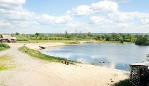 Не курорт  но тоже ничего  где в Мордовии можно отдохнуть вдали от Саранска песчаный берег.
