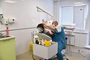 b Топ 10 частных стоматологий  b   где можно сделать отбеливание зубов городская-стоматология-2