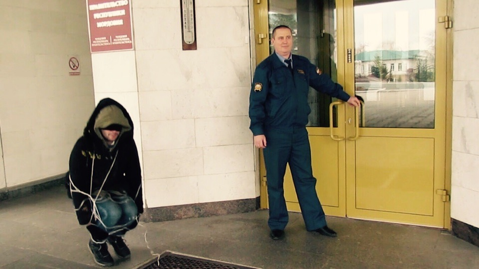 Художник Сергей Суворов   Меня не сильно интересуют современные художники  я больше хочу общаться с мертвыми  12