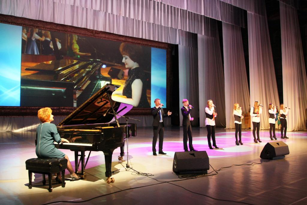 Директор вокальной студии о шоу бизнесе  талантливых детях и музыкальном образовании elena-kuzina (1)