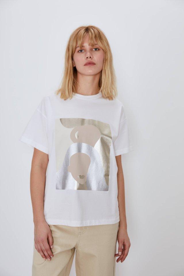 Что покупать в Интернете  30  вещей актуального гардероба лайм футболка