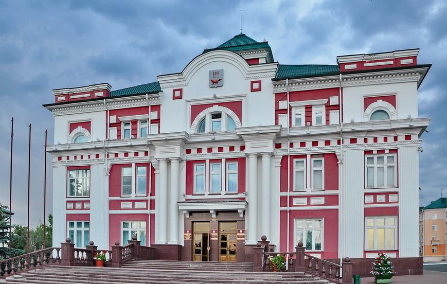 Экономический гид  сколько стоит Советская площадь здание-администрации