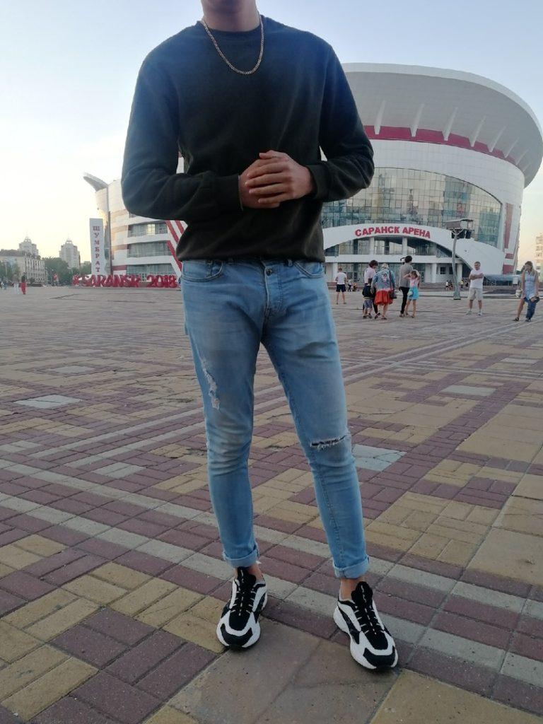 Поясни за шмот  сколько денег тратят жители Саранска на одежду