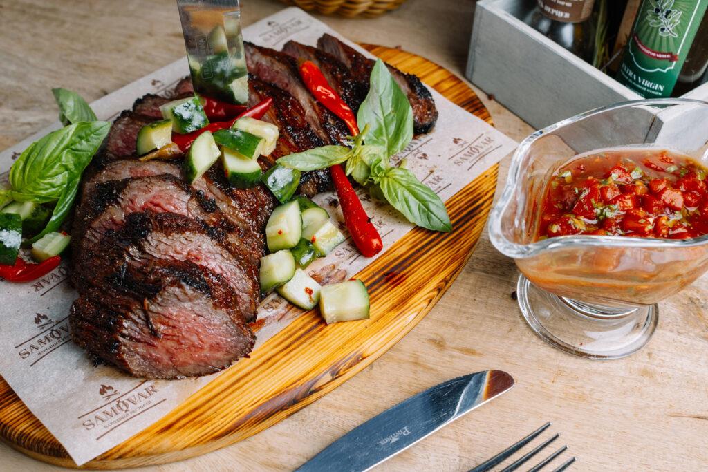 b  Профессиональная кухня   это постоянный стресс и тяжелый труд    b  интервью с шеф поваром ресторана  Самовар