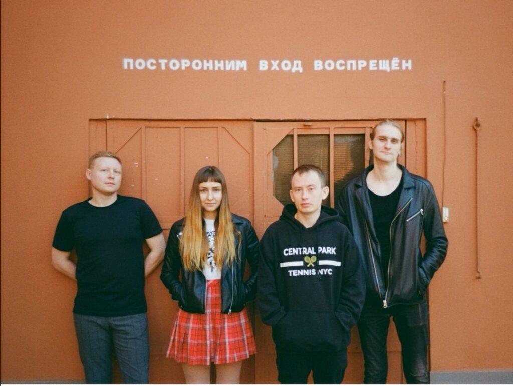 b  Будучи поэтом  ты постоянно бьешь кулаками о стену   b    большое интервью с участником шоу  Суперстихи  Владимиром Лаутеншлегером