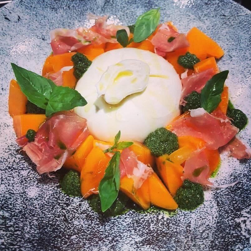 b  Я очень талантливый  на самом деле    b    интервью с шеф поваром ресторана Carrara  Глебом Левицким