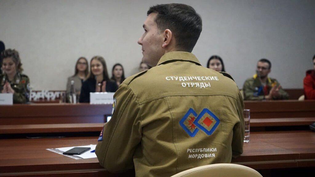 b Алексей Нагин  b  о молодежной политике   Лидерах России   стереотипном отношении к студотрядам и своем главном достижении