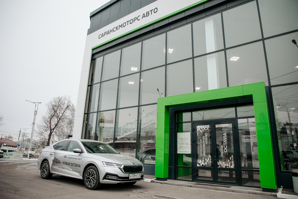 b Директор салона  Саранскмоторс Авто    b   Машину нужно покупать сейчас  а лучше вообще вчера