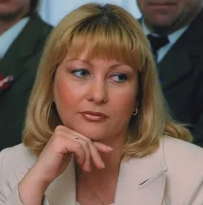 b  Учитель в современном понимании  не просто  урокодатель     b  интервью с директором одной из знаковых школ Саранска