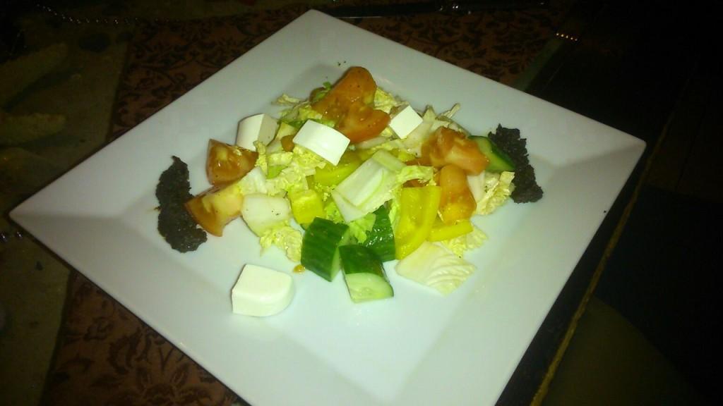 Делают nbsp ли   в nbsp Саранске    вкусный  b греческий салат  b  Ката-Кана