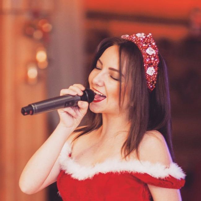 Вы поёте великолепно  лучшие   караоке    Саранска Наталья Селивёрстова,