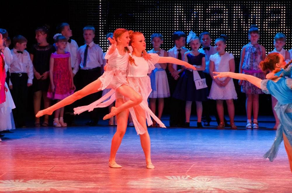 Топ 13   b танцевальных студий   b  Саранска FURORE