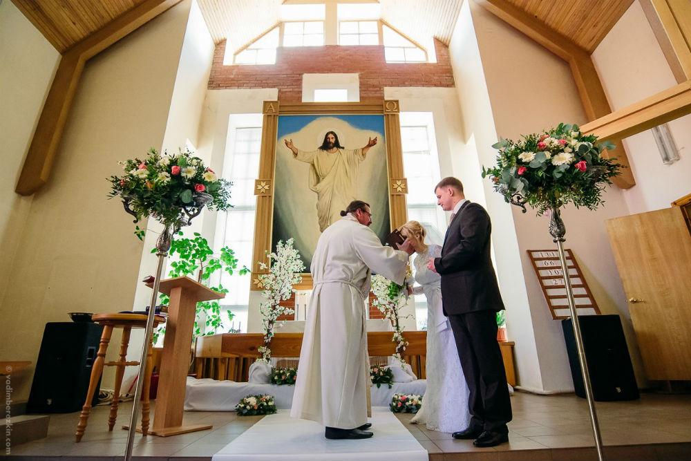 b И в горе  и в радости  b   как проходит   обряд венчания    у лютеран Фото из личного архива Михаила Алешкина, фотографВадим Березкин