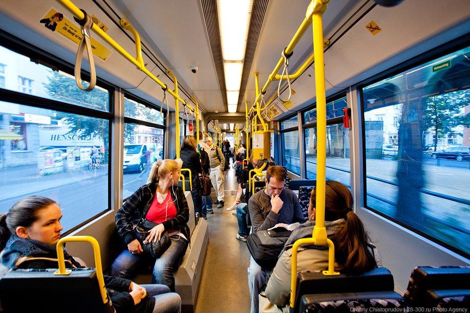 Дороги в центре станут свободнее, чего не скажешь про места в общественном транспорте