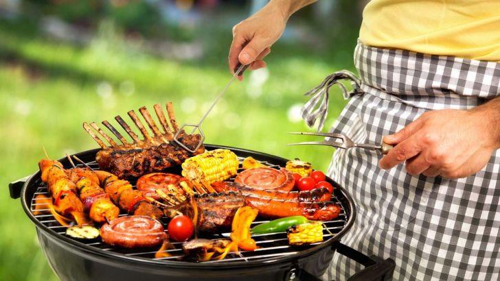 На время мундиаля саранчанам придется забыть жаренного мяса вперемешку со свежим воздухом, иначе придется забыть про лес и пару тысяч рублей.