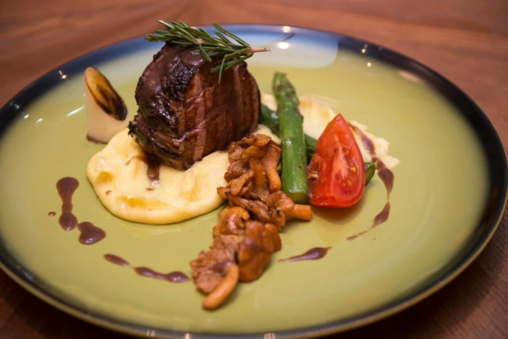 b Какие блюда  b  чаще всего заказывают в Саранске    часть вторая    medalony