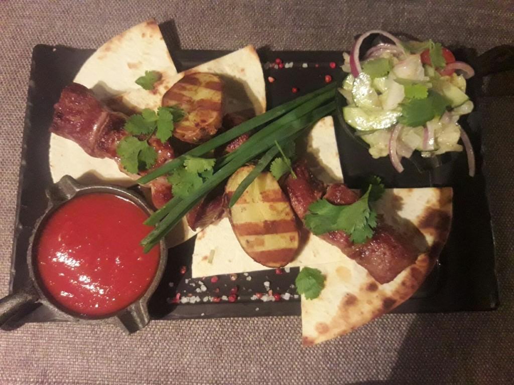 Ресторанный шашлык  топ 7 заведений Саранска  где можно попробовать   шашлык из свинины    baron