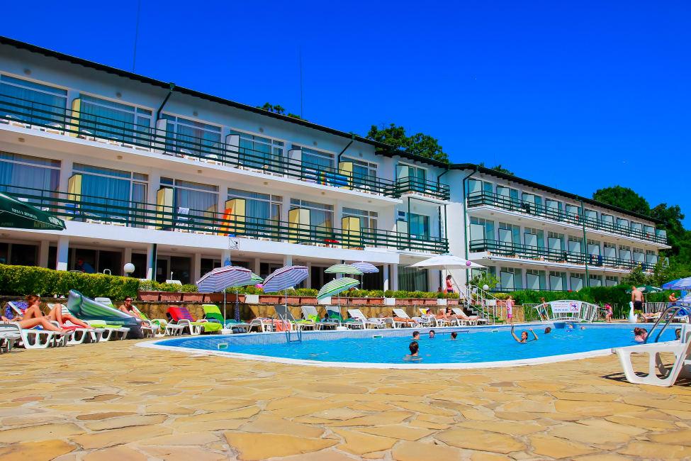 Пора валить  10 выгодных направлений для летнего отпуска bolgariya