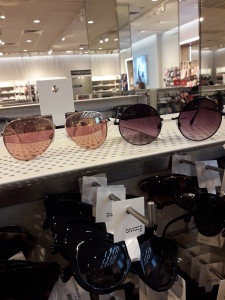 Солнцезащитные очки  где купить и что продают в салонах города hm4