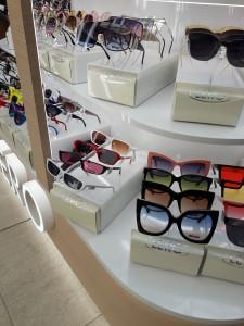 Солнцезащитные очки  где купить и что продают в салонах города lero2