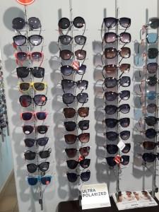 Солнцезащитные очки  где купить и что продают в салонах города mir_optiki