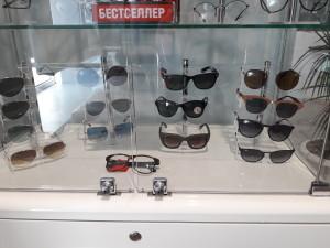Солнцезащитные очки  где купить и что продают в салонах города mir_optiki3
