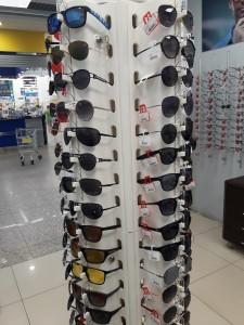 Солнцезащитные очки  где купить и что продают в салонах города prestig3