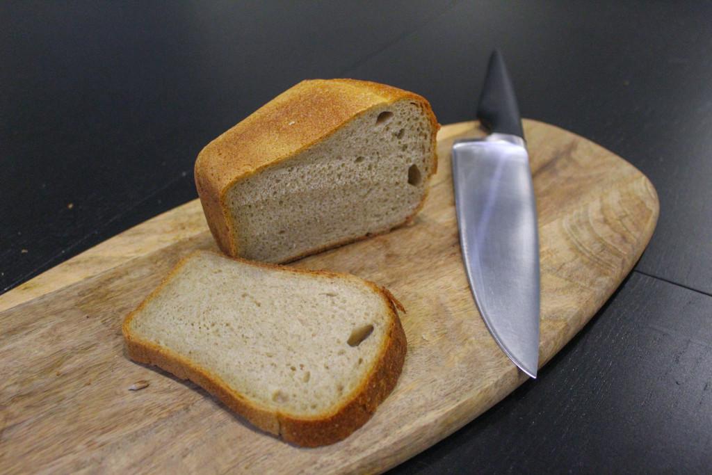 Буханка чёрного  кто производит ржаной хлеб для горожан и каков он на вкус kolobok_hlebokombinat