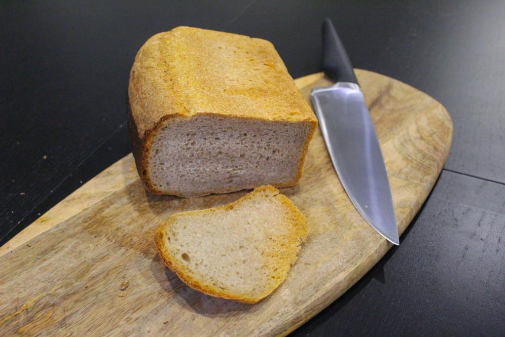 Буханка чёрного  кто производит ржаной хлеб для горожан и каков он на вкус novotroickii_kolobok