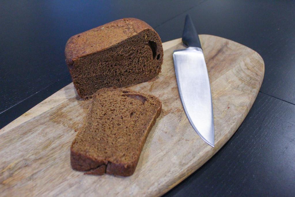 Буханка чёрного  кто производит ржаной хлеб для горожан и каков он на вкус spar