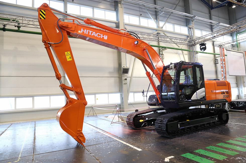 Hitachi-ZX-200-1