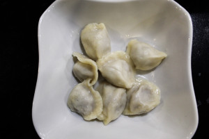 Снаружи из теста с начинкой из мяса  top 6 мордовских производителей пельменей pelmeni (12)