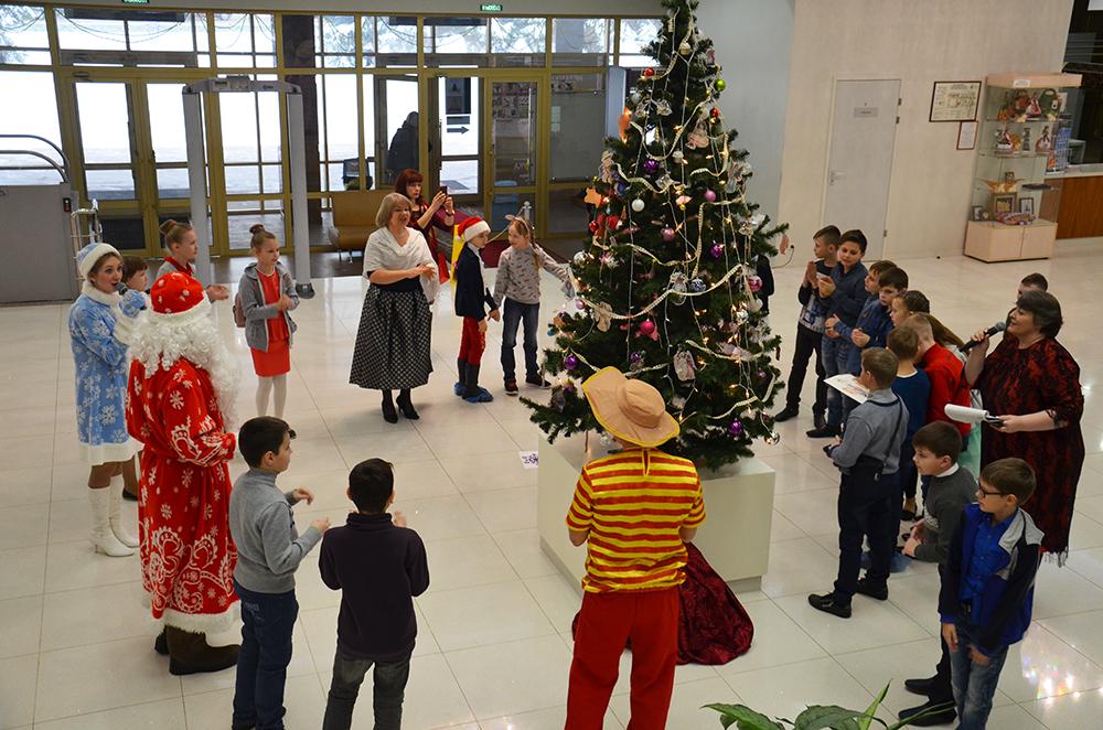 Елочка  гори  топ 12 новогодних елок для детей muzei-erzi